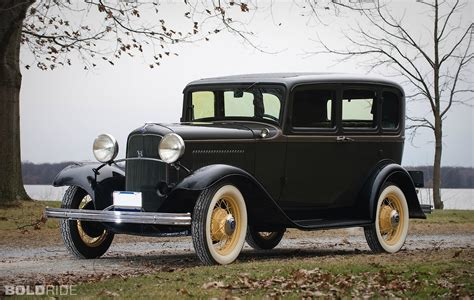 Ford Car Models by 1932 Ford Model 18 Fordor Sedan Classic And Vintage Cars