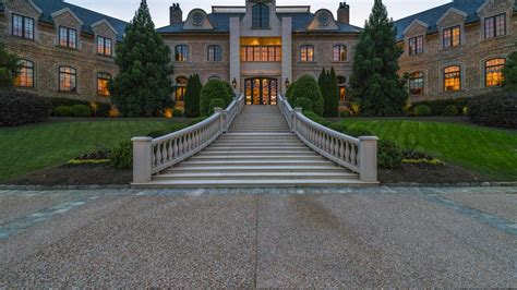tyler perry s house tyler perry s atlanta mansion sells for 17 5 million breaks record slideshow