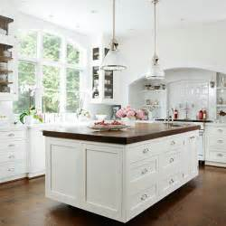 White Kitchen Cabinets With Butcher Block Countertops Ikea Gingham Pearls