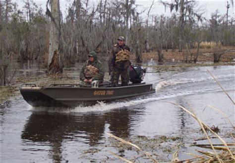 pictures of gator trax boats gator trax duck hunting boats picture to pin on pinterest