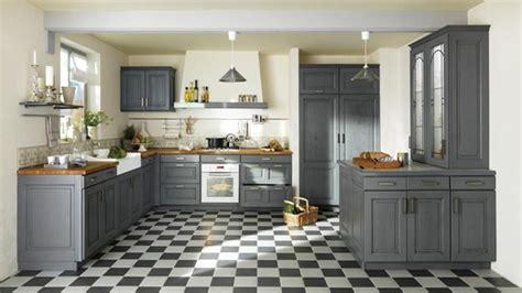 cuisine rustique grise une d 233 co de style maison de famille dans la cuisine