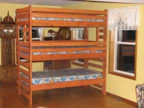 Three Bed Bunk Beds Reductress 187 The Best Bunk Beds For When You Re Not Sure About Moving In With