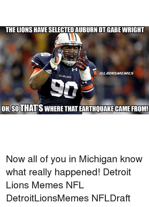 oh no now we know what happened to that missing piece funny detroit detroit lions memes and nfl memes of 2017