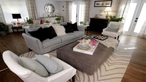 property brothers living room designs pin by cori e on living room ideas