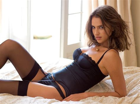 irina shayk hot irina shayk beautiful pictures and wallpapers hot wallpapers