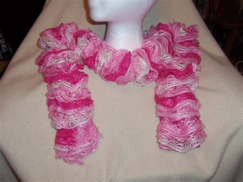 loom knitting with sashay yarn 34 best images about loom ruffle scarves on