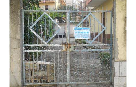 privati vendono casa privato vende casa indipendente affare eredi vendono per
