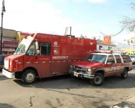 Truck And Tire Bronx New York Con Edison Emergency Vehicle Fdny Car Suv Bronx N