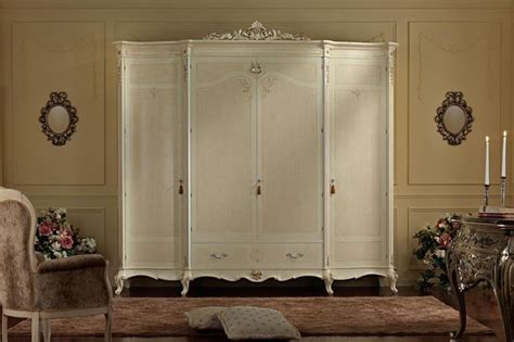 armadio bianco stile provenzale armadi in stile armadi classici caratteristiche e