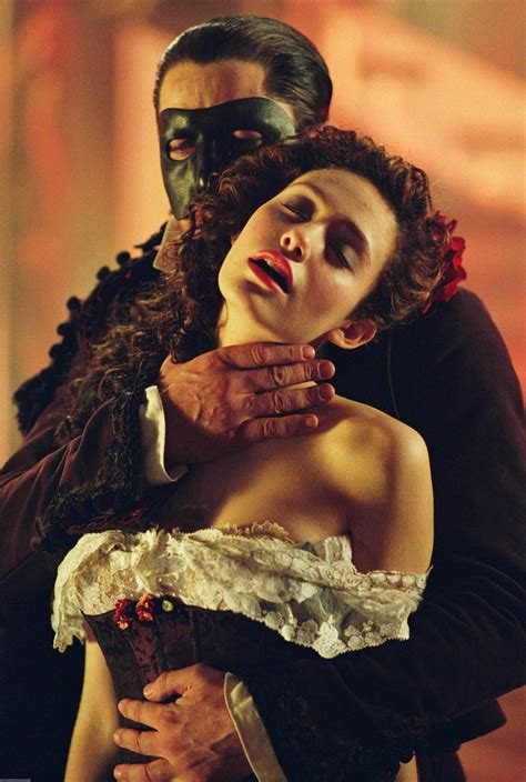 emmy rossum gerard butler phantom of the opera the phantom of the opera gerard butler emmy rossum s