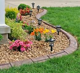 Parterre De Fleurs Avec Galets #15: Comment-aménager-son-jardin ...