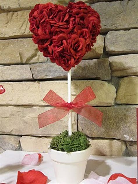 17 cool valentine s day house decoration ideas digsdigs valentine table decoration ideas photograph 17 cool valent