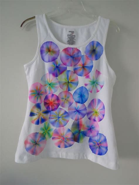 Painting T Shirts With Sharpies by Sharpie Marker Tie Dye T Shirts Markers Sharpie Markers