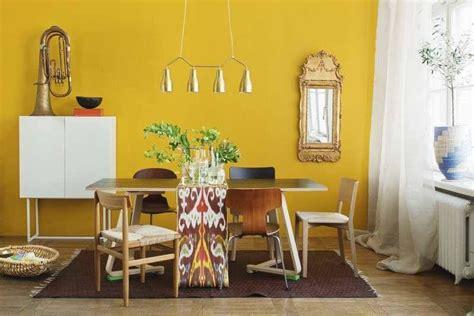decorar pared amarilla decoracion interior y mobiliarios de color amarillo