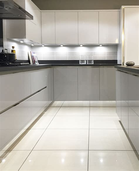light grey kitchen gloss mackintosh kitchen in light grey and white with