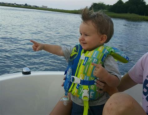 boat safety for infants 10 tips for boating with babies and toddlers boats