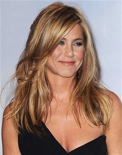 the base color of jennifer anistons hair color 25 popular jennifer aniston hairstyles