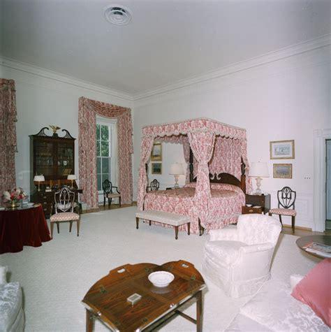 queens bedroom kn c29772 queens bedroom white house john f kennedy