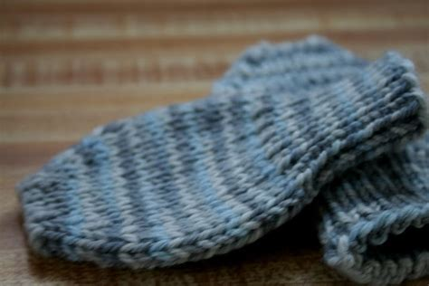 knitting pattern baby mittens thumbless 479 best images about knit for on free