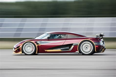 koenigsegg colorado koenigsegg closes 11 mile stretch of nevada highway to set