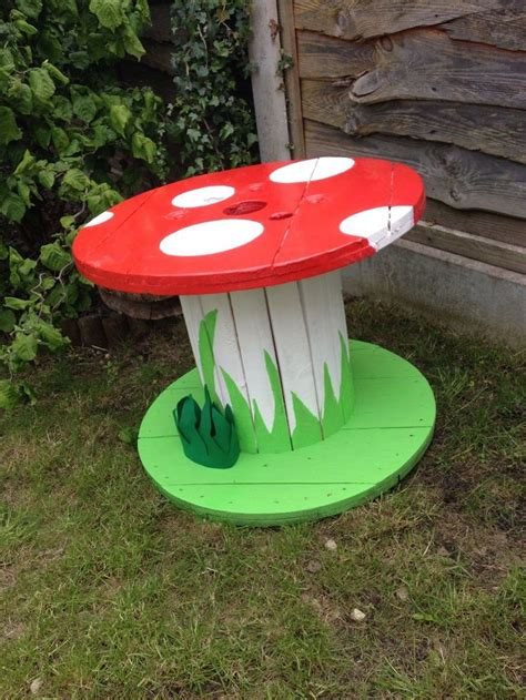 Garden Accessories And Ornaments Best 20 Cable Reel Table Ideas On Cable Reel