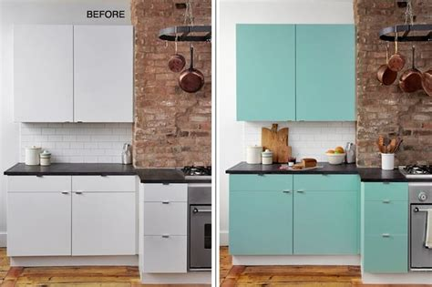 sticky kitchen cabinet doors 25 best ideas about contact paper cabinets on pinterest