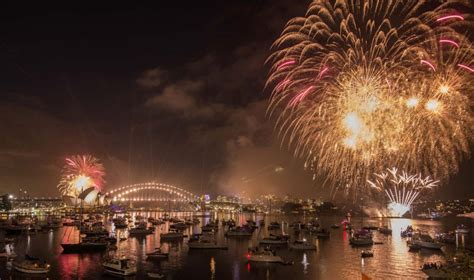 new year in harbour sydney new year s 2016 fireworks