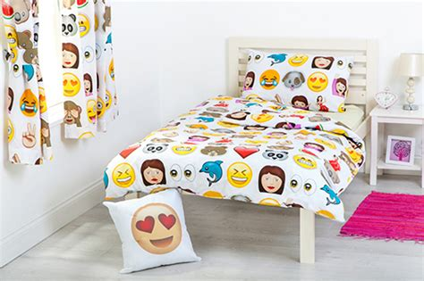 Bed Emoji by Children S Emoji Design Bedding Bedroom Collection