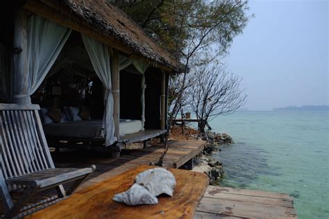 Pulau Macan Type Coral Hut Weekend Dewasa pulau macan kep seribu mister aladin tour activities