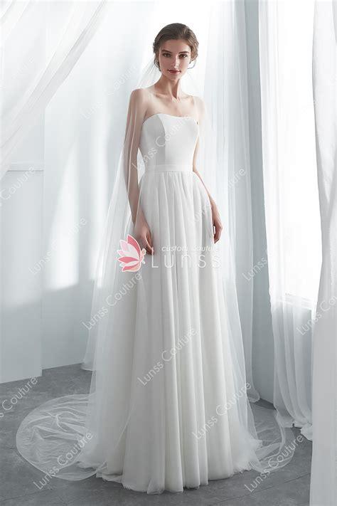 ivory sweetheart bridal gown  detachable bolero lunss