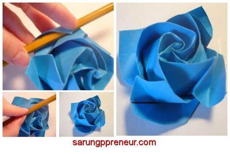 cara membuat tangkai bunga dari kertas origami cara membuat origami bunga mawar sarungpreneur