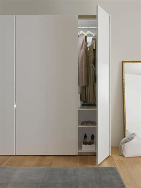 armadio bianco laccato armadio anta battente o scorrevole laccato bianco idfdesign