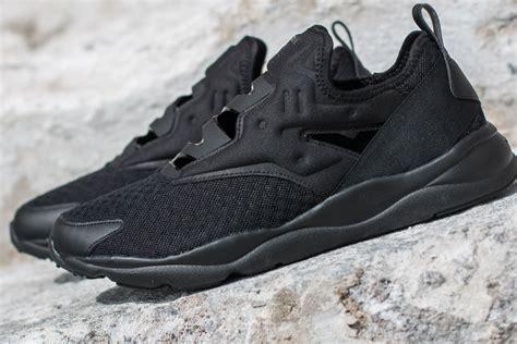 Sale Reebok Furylite Slip On Emb Shoe Black Bd1724 Uk6 5 3 reebok furylite slip on emb black white footshop