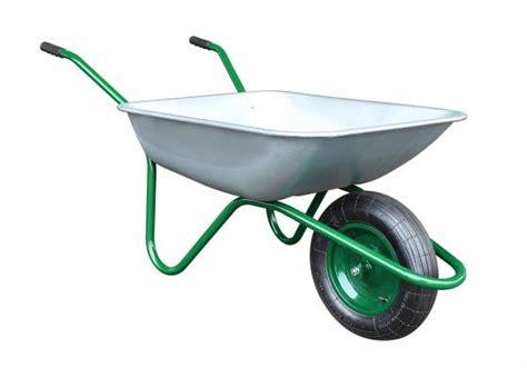brouettes de jardin brouettes jardin altrad travaux jardinier sp 233 cialiste 233 quipement chantier richard fraisse