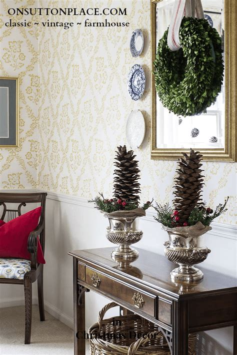 christmas decorating with natural elements winterberry tablescape on sutton place