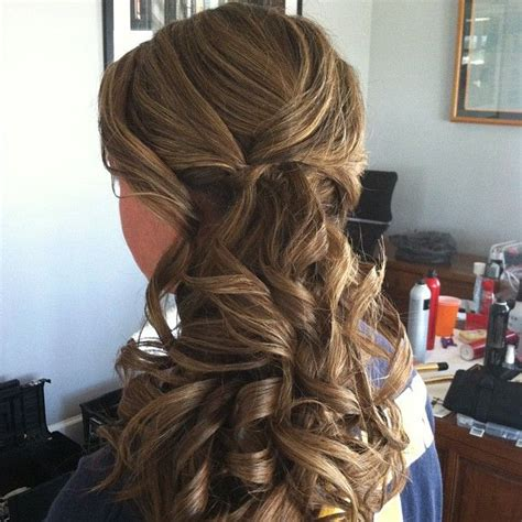 Wedding Hairstyles Low Side Ponytail by 25 Best Ideas About Bridesmaid Side Ponytails On