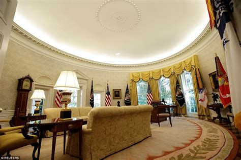 oval office renovation 2017 mike s america white house makeover removes last trace of