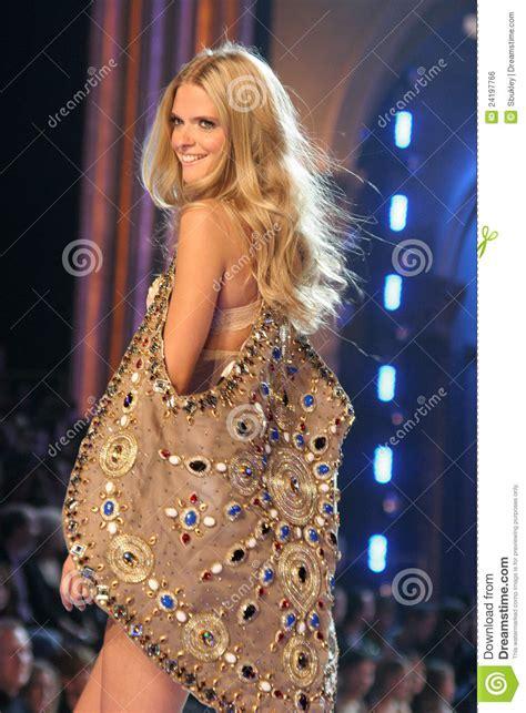 12th Annual Victorias Secret Fashion Show by Model At The 12th Annual Victorias Secret Fashion Show
