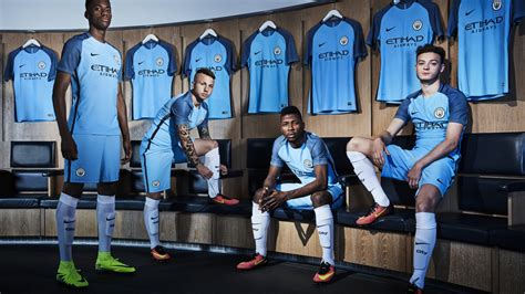 Setelan Manchester City Home 2017 2018 17 18 Jersey Celana Grade O new city home jersey 2017 2018 mcfc home kit 17 18