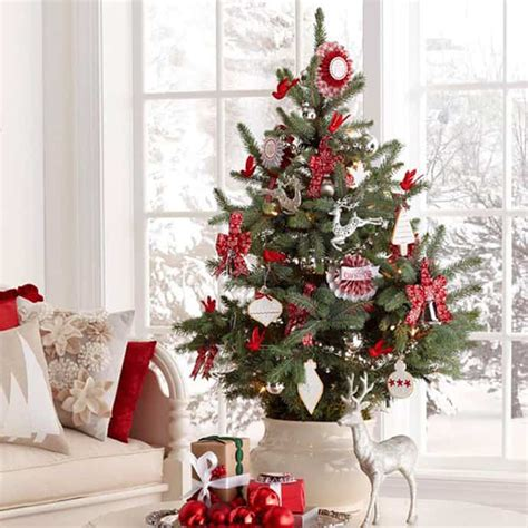christmas decorations ideas 25 beautiful christmas tree decorating ideas