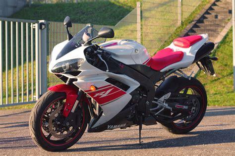 Motorrad Club Rot Weiss by V R1 Rn19 Rot Wei 223 10tkm Mod 2008 Biete