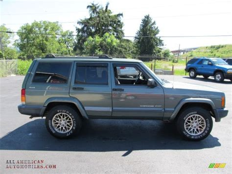 jeep cherokee green 2000 2000 jeep cherokee sport 4x4 in medium fern green metallic