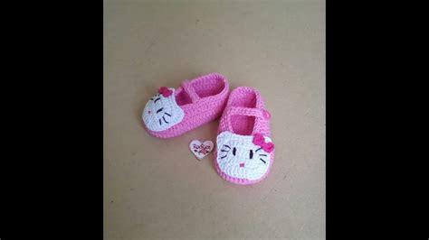 tutorial cara merajut sepatu bayi cara merajut sepatu bayi hello kitty by roerien crochet