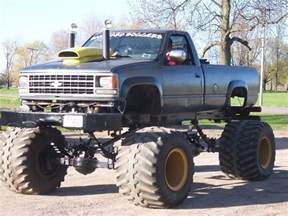 awesome lifted chevy monstertruck chevy trucks