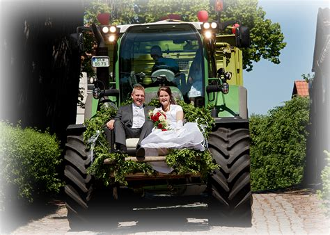 braut traktor hochzeit reportage foto ullrich stendal