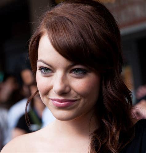 emma stone wikipedia shine beauty beacon flawless faces at the sag awards