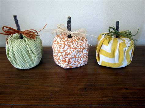 Paper Pumpkin Crafts - toilet tissue roll crafts for fall
