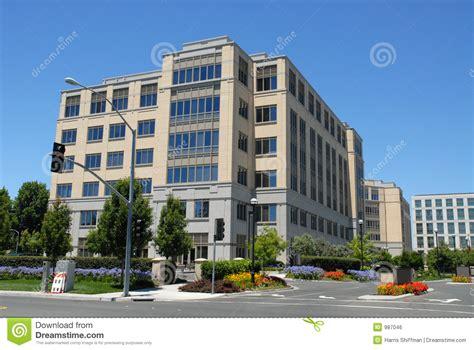 immeuble de bureau immeuble de bureaux photo stock image du alto