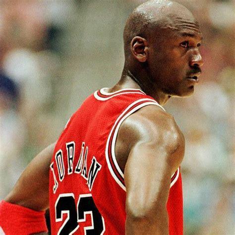 imagenes michael jordan movimiento los negocios que mantienen a jordan como el deportista