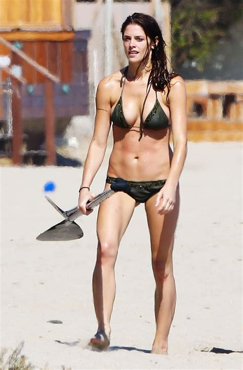the hottest celebrity bodies ashley greene the hottest celebrity bikini bodies us